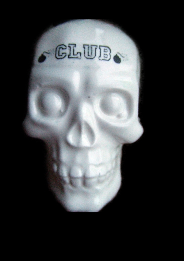 Porcelaine, club death by murder